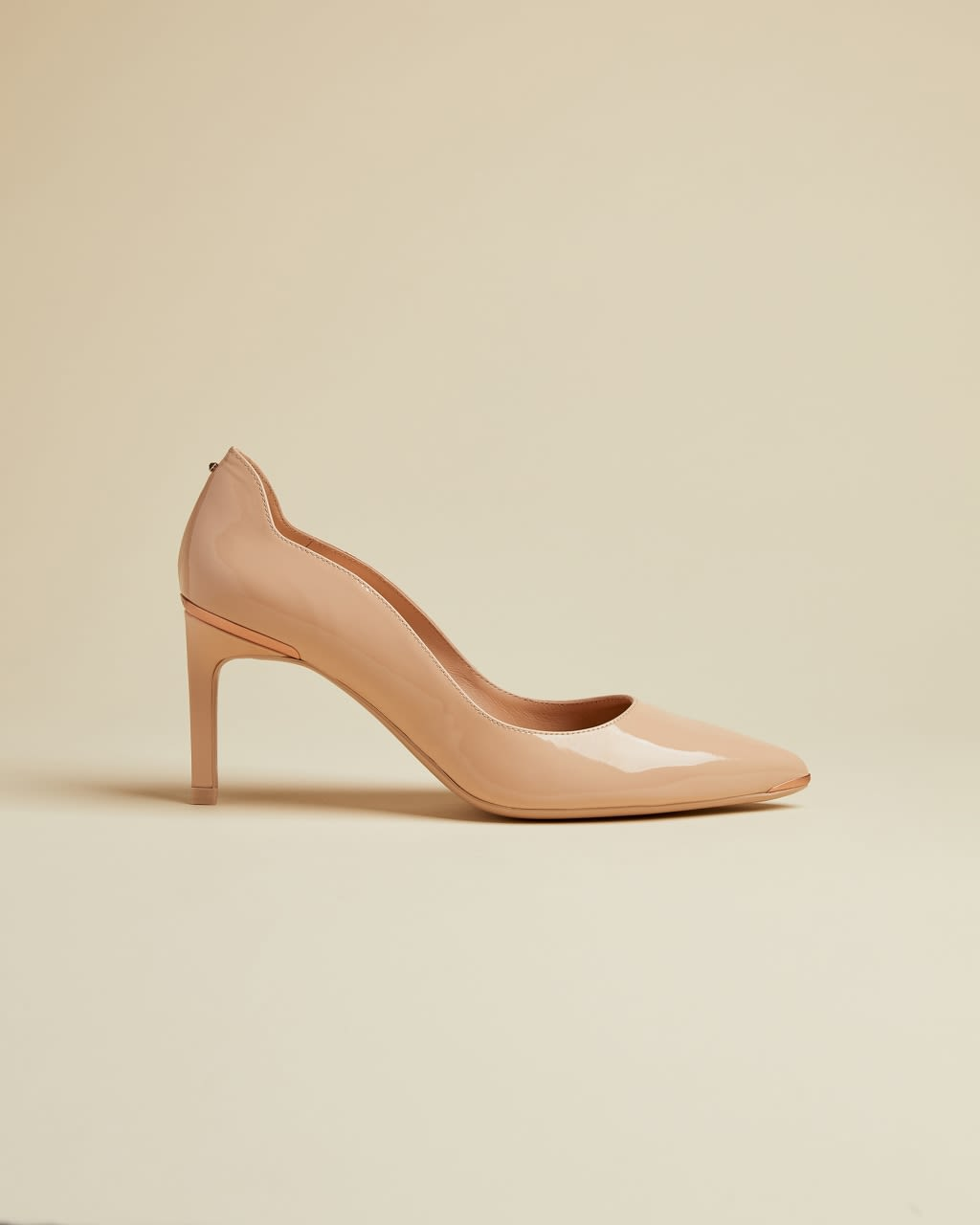 TED BAKER Patent Leather Courts   TED BAKER SALE