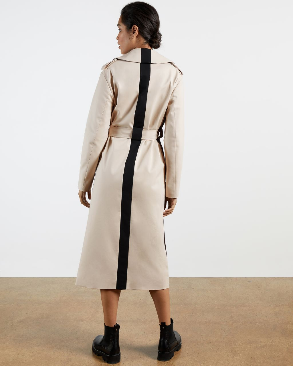 Contrasting Detailed Trench Coat